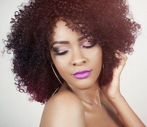 Como fazer ativador de cachos para cabelos