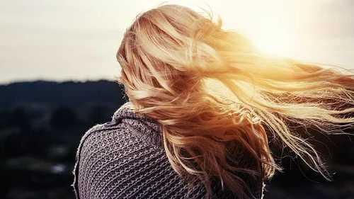 Como fazer shampoo base para cabelos secos