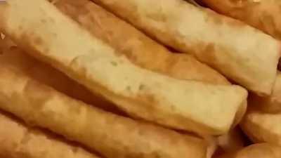 Como fazer Bolinho de massa de pão