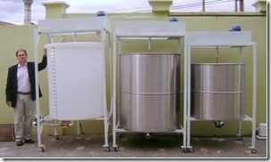 Tanque agitador e misturador de líquidos